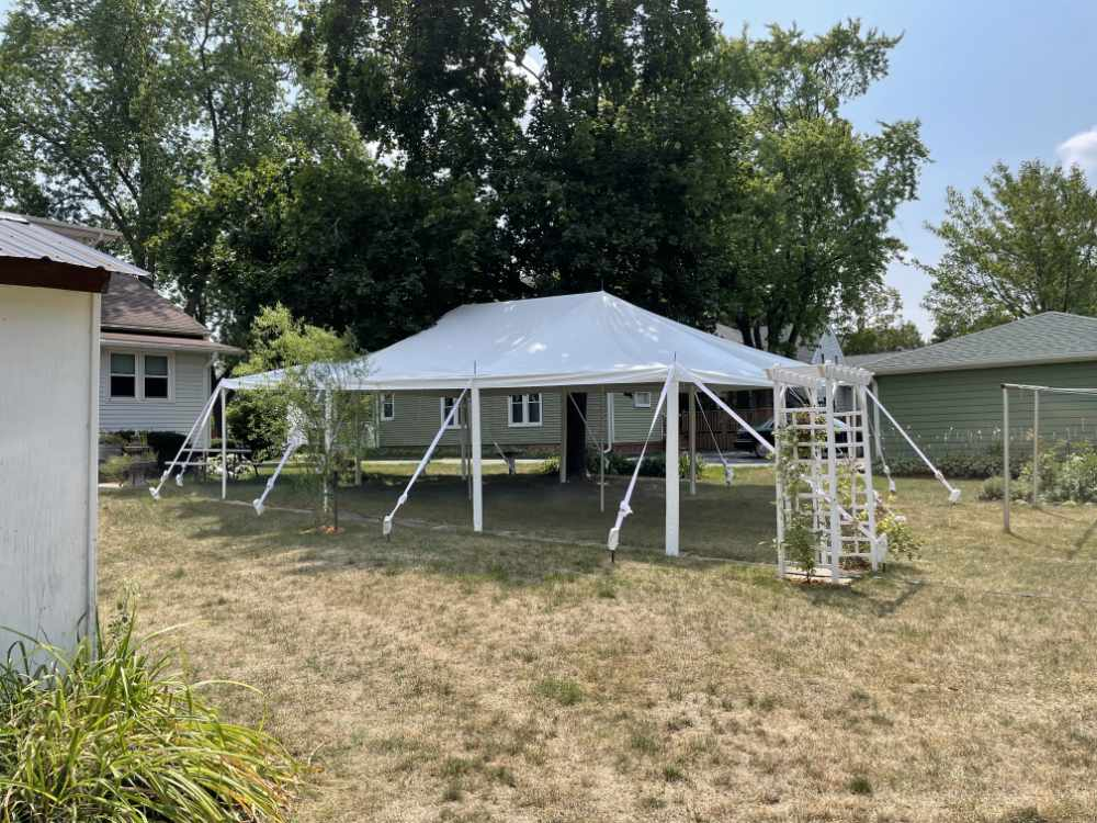 Party Tent 20 x 30 Ft
